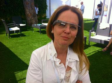 Celia Guimaraes con i Google Glass